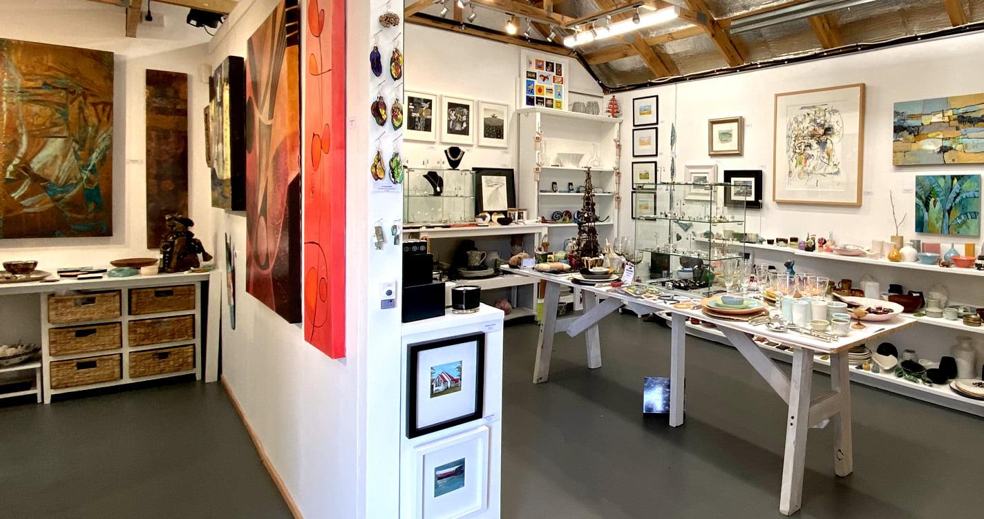 @Little Black Gallery