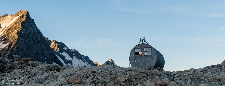 Barron Saddle Hut, New Zealand @Southerly Storm Photography