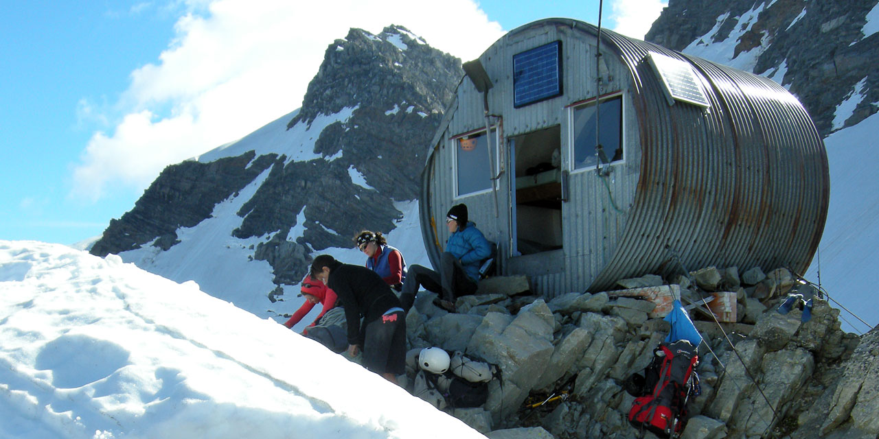 Copland Shelter, New Zealand @Alpine Recreation