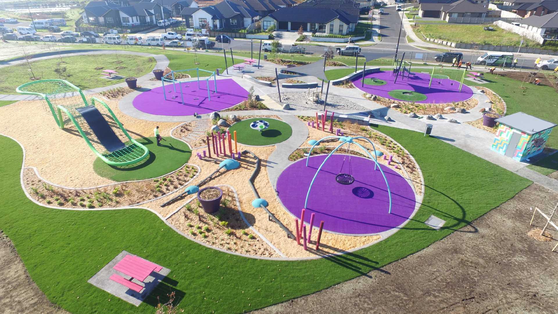 Hamilton Hare Puke Park playground @Playgrounds
