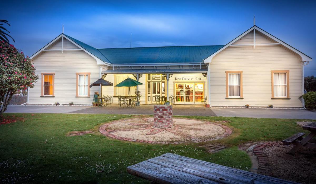 Karamea Village Hotel, New Zealand @booking