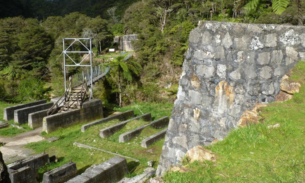 Karangahake Gorge Historic Walkway, New Zealand @Wikimedia Commons