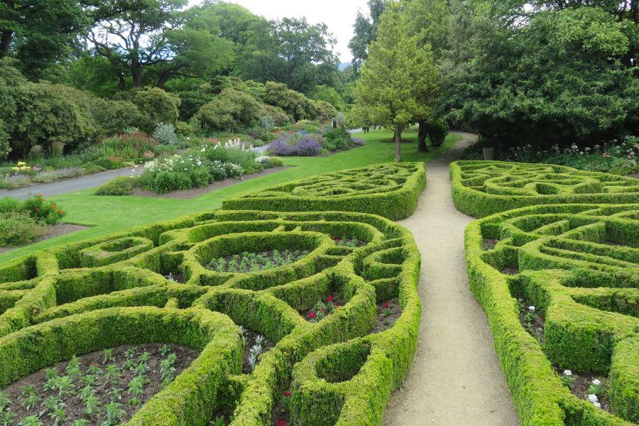 Knot Garden, Dunedin Botanic Garden, New Zealand @Lucy