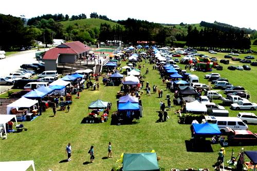 Market in Waipu, New Zealand @Bream Bay