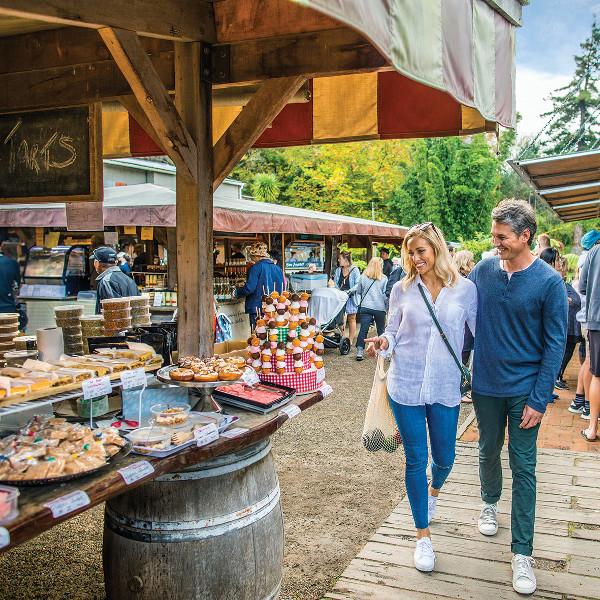 Matakana village farmers market, New Zealand @TODD EYRE