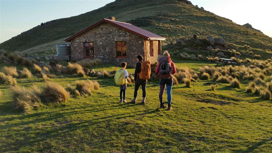Packhorse Hut, New Zealand @Department of Conservation
