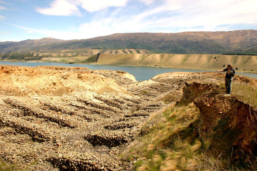 Quartz Reef Point walk, Lake Dunstan, Central Otago, New Zealand @Rankers NZ