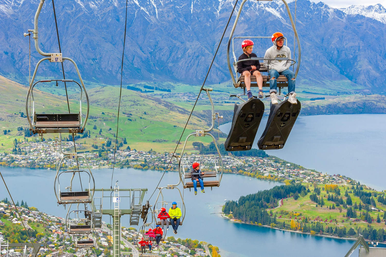 Beautiful views of Lake Wakatipu and Queenstown,New Zealand