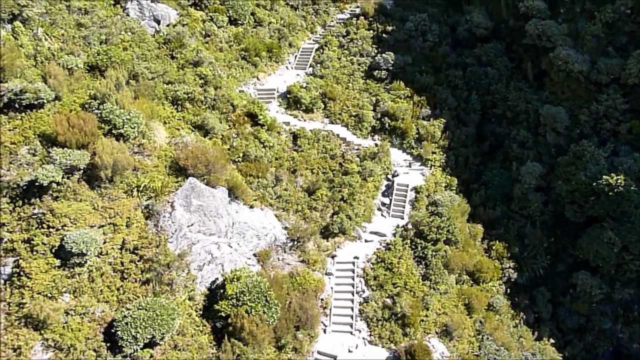 Sealy Tarns Track, New Zealand @DOCAoraki