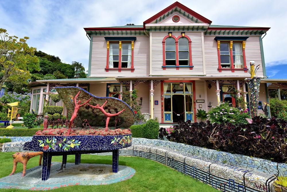 The Giant's House, Akaroa, New Zealand @Richard F. Ebert