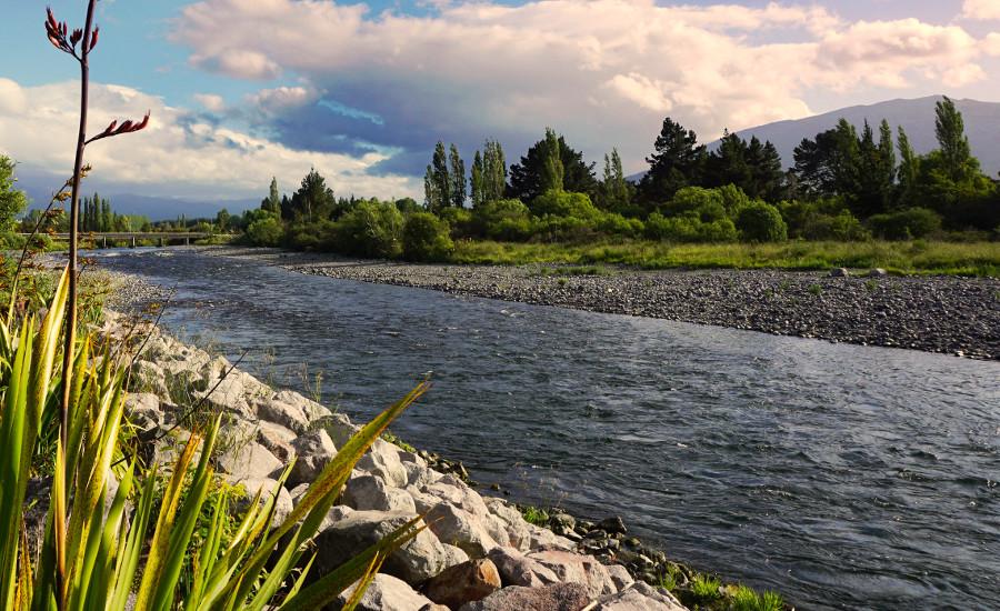 Picturesque Tongariro River, North Island, New Zealand