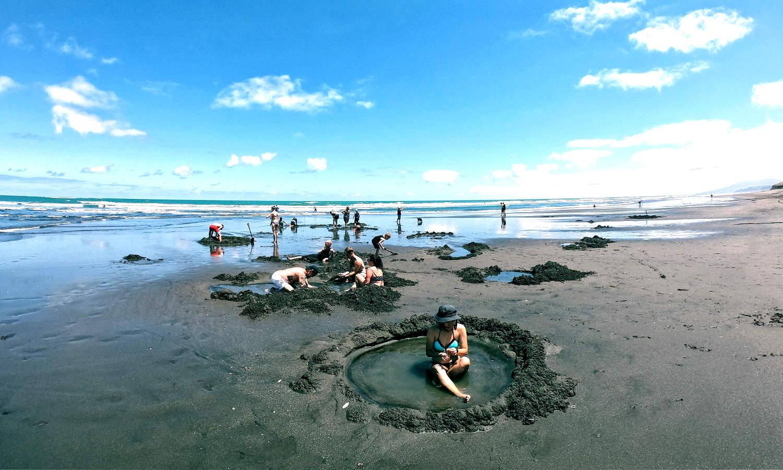 Hot Water Beach, Kawhia,New Zealand @The Elsewhere Kiddo