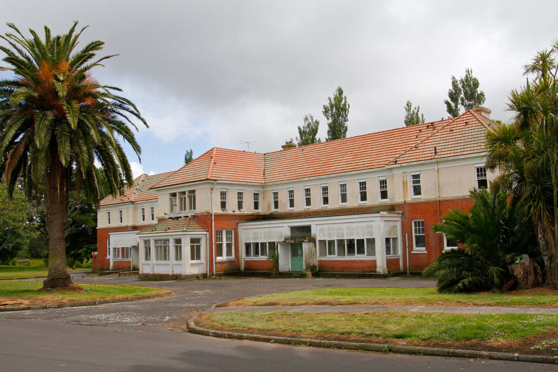 Kingseat Hospital,New Zealand @tall tales