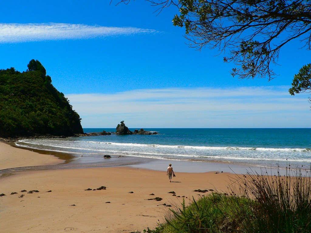 Te Karo Bay,New Zealand @Sandy Austin