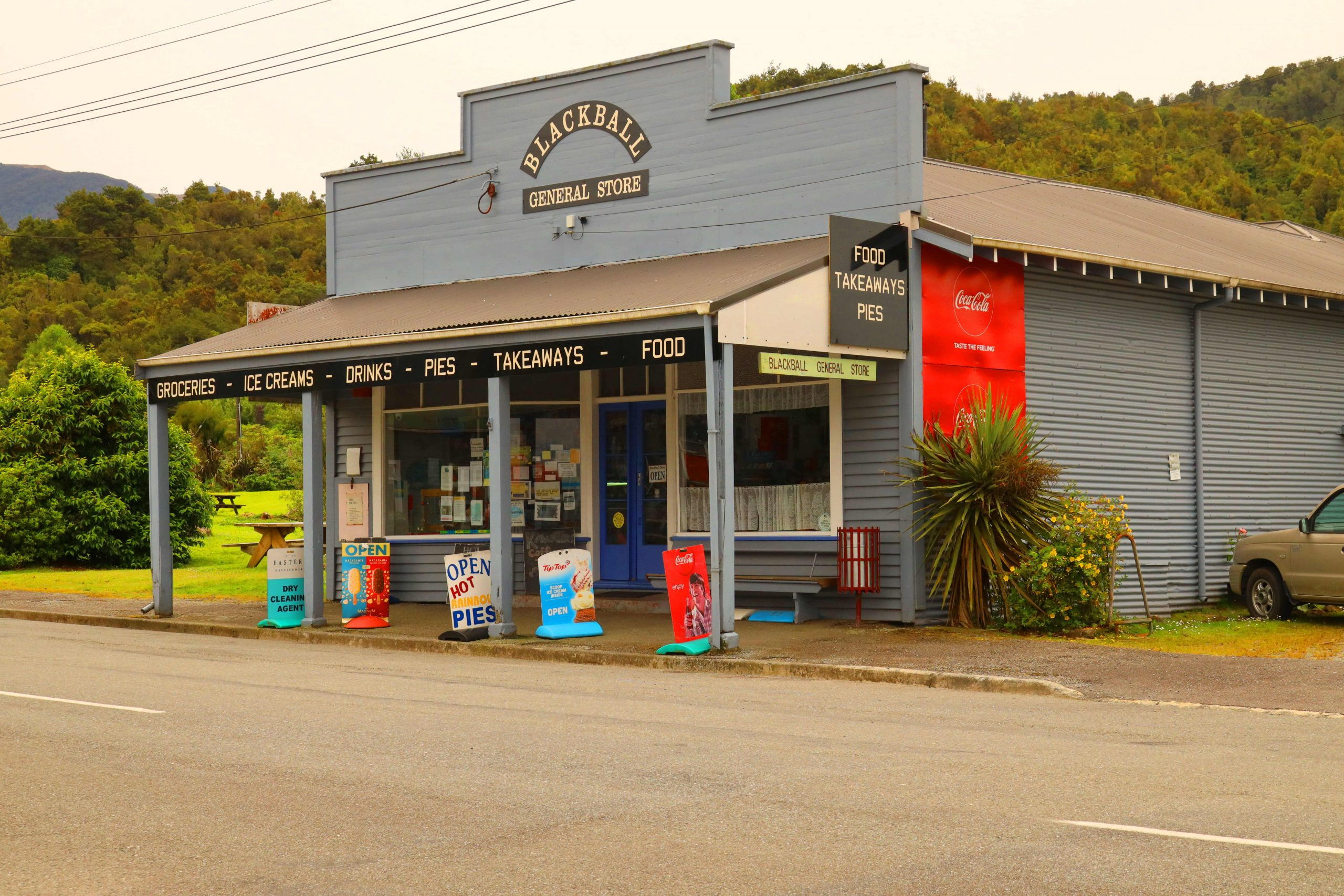 General grocery store,New Zealand