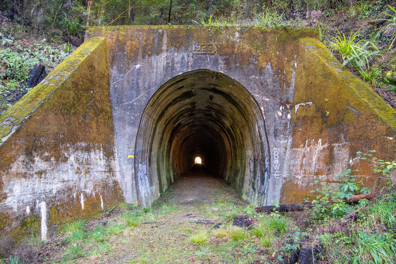 Kawatiri tunnel,New Zealand @Jeremy Taylor