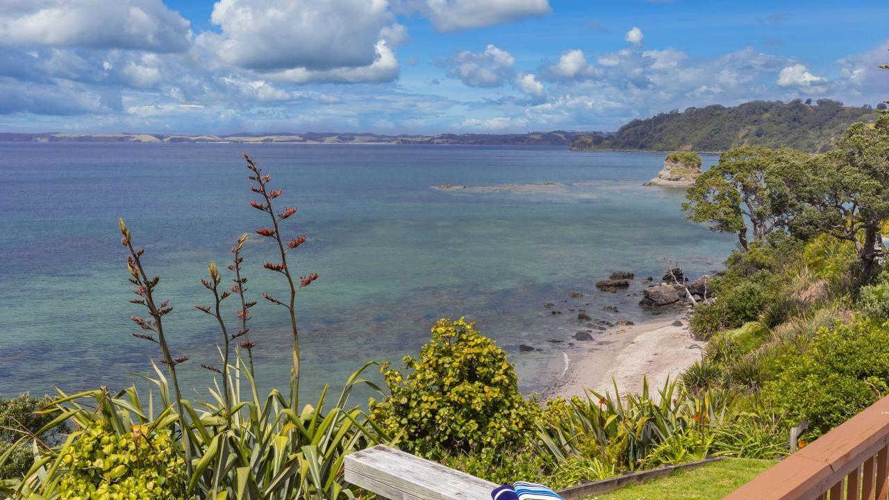 Matheson Bay,New Zealand @Bayleys