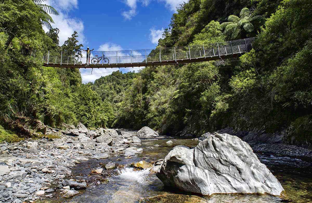 Pakihi Walk, New Zealand @Doc