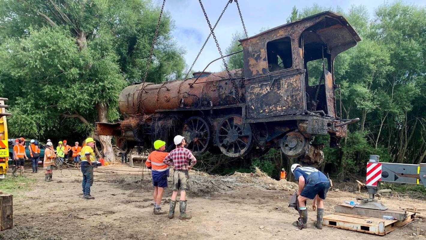 Rare lokomotive, Lumsden, Otago, New Zealand @Stuff
