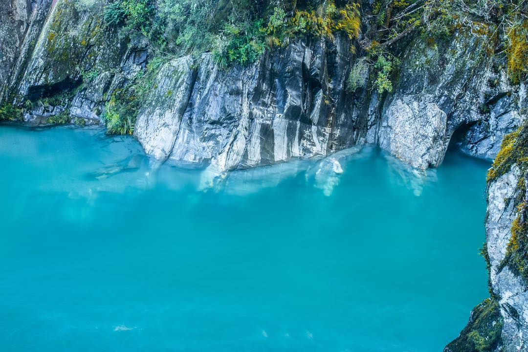 The blue pools of Haast Pass in New Zealand @vivekvvk