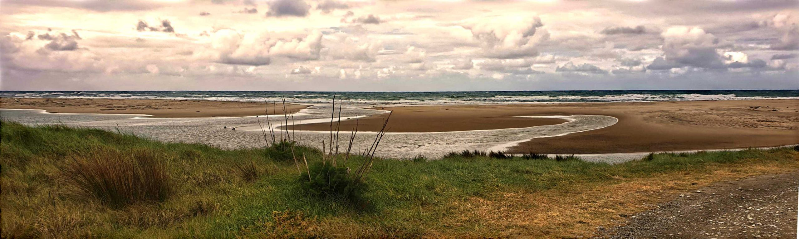Rongokako Marine Estuary,New Zealand