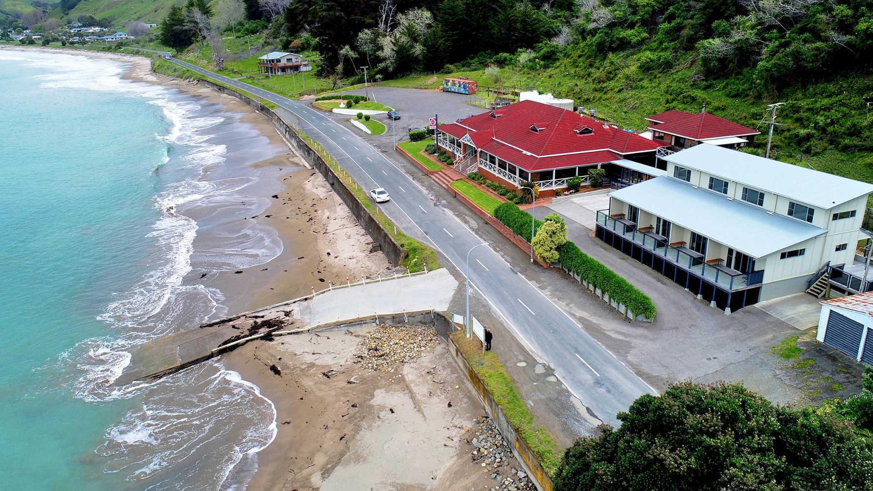 Te Puka Tavern,New Zealand @NZHerald